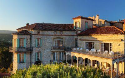 chateau_des_costes_terrasse_chateau